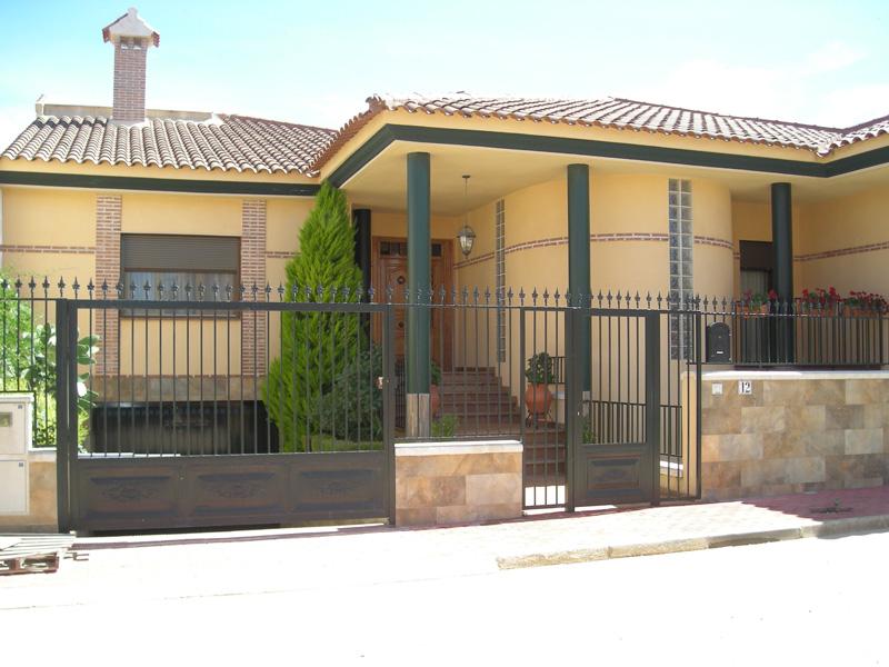 Fachadas de ladrillo rustico perfect fachadas de concreto for Fachadas casas unifamiliares
